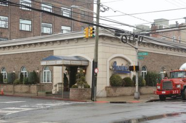 Puccini's Restaurant located on the the corner of West Side Ave. and Broadway in Jersey City. PHOTO:  Michael Dempsey | The Jersey Journal
