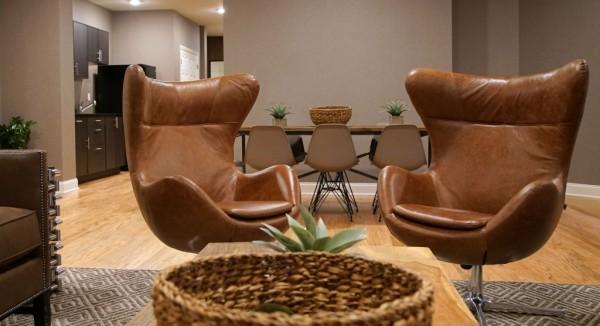 25senateplace_lounge_2-600x326