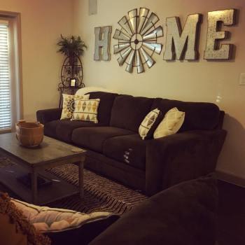 11-decoration-ideas-above-the-sofa-homebnc